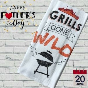 """NWT Cuisinart """"Grills Gone Wild"""" 2-pack Towel Set"""